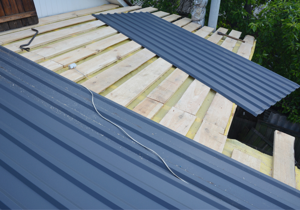 Common Metal Roof Problems to Watch Out and Repair Before Winter